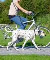 Smycz z amortyzatorem do jazdy rowerem lub do biegania z psem