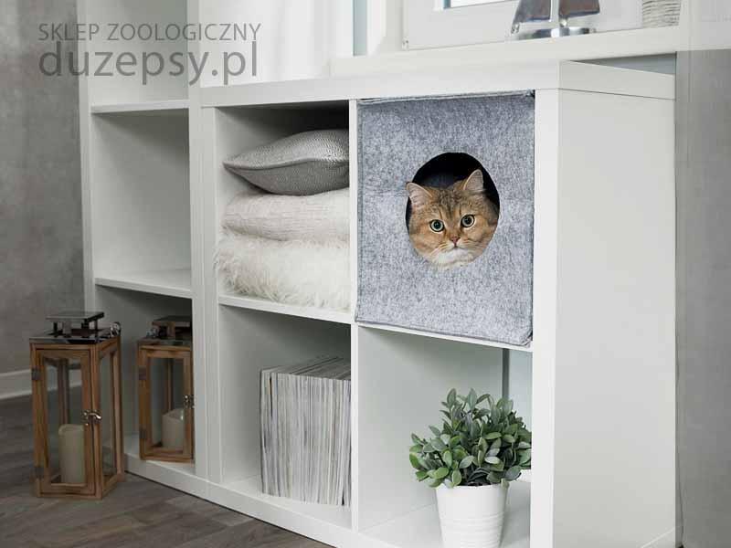 Legowisko dla kota Ikea; domek dla kota do szafki kallax; legowisko dla kota zamknięte; legowisko dla kota trixie; legowiska dla kota sklep; domek dla kota; legowiska dla kotów sklep; legowisko dla kota szare; legowisko dla kota tanio; przytulne legowisko dla kota; legowisko dla kota mainecoon; legowiska dla kotów; legowisko dla kota ragdoll; legowisko dla kota brytyjskiego; eleganckie legowisko dla kota; ekskluzywne legowisko dla kota; legowisko dla dużego kota; akcesoria dla kotów; sklep zoologiczny internetowy; duzepsy.pl