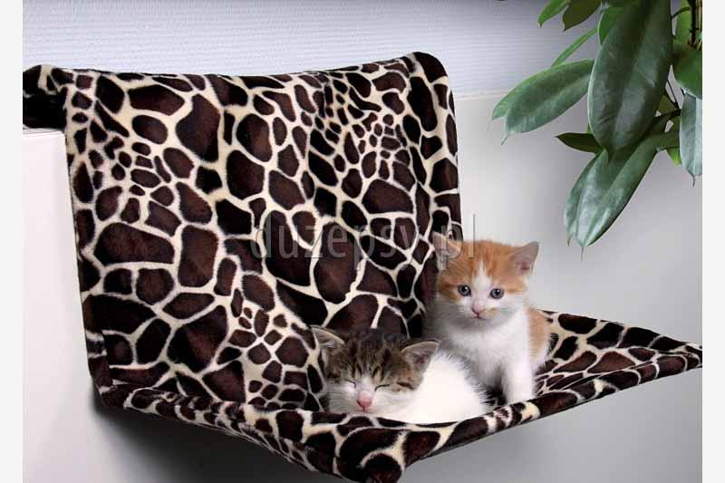 Legowisko dla kota na kaloryfer ŻYRAFA Trixie. Legowiska dla kota na kaloryfer, legowiska dla kotów na kaloryfer, legowisko na kaloryfer, przytulne legowisko dla kota; legowiska dla kotów; akcesoria dla kotów; legowisko dla kota, ciepłe legowiska dla kota; sklep zoologiczny; duzepsy.pl