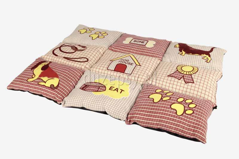 Legowisko dla małego psa kocyk PATCHWORK Trixie. Legowisko dla yorka. Kocyki dla psów. Kocyk dla małego psa. Modne legowisko dla psa. Mata do spania dla psa. Legowiska dla małych psów. Pled dla psa. Posłanie dla psa. Legowiska dla psów tanio oferuje sklep zoologiczny duzepsy.pl